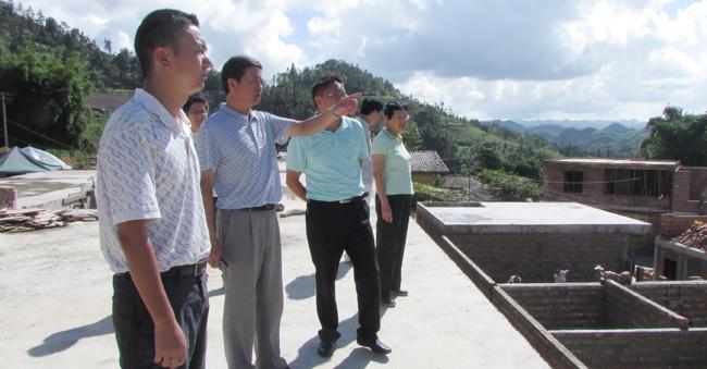 兴辺-'yi�����&�y.'z(�_并对兴边富民工程建设提出两点要求:一是大力实施基础设施建设.